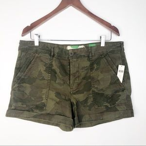 Anthropologie The Wanderer Camo Shorts